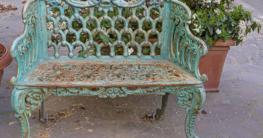 Alte Gartenmöbel aus Metall perfekt restaurieren