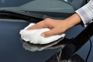 So klappt es mit dem Metallschutz bei der Autopflege