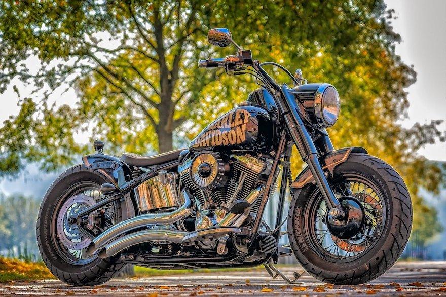 Lack polieren am Motorrad