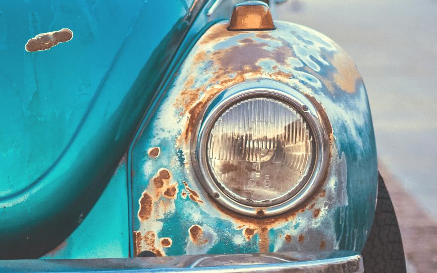 Lochfraß Durchdringender Rost Auto