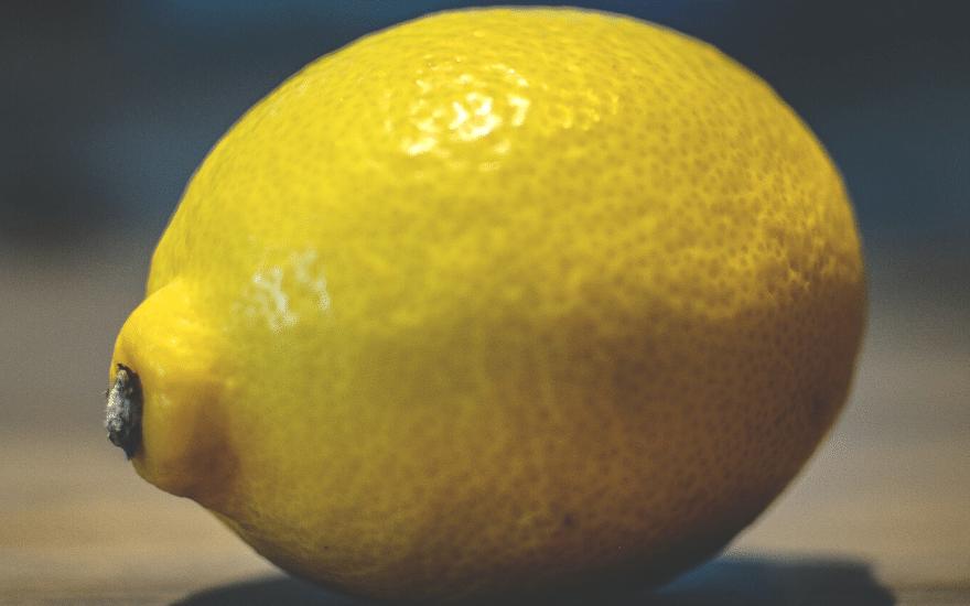 Edelstahl Rost entfernen Hausmittel Zitrone